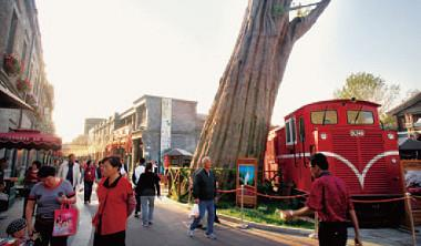 阿里山神木、小火車讓北京前門台灣街開幕與簽約都冠蓋雲集,如今卻是兩岸撕破臉與掀起訴訟。