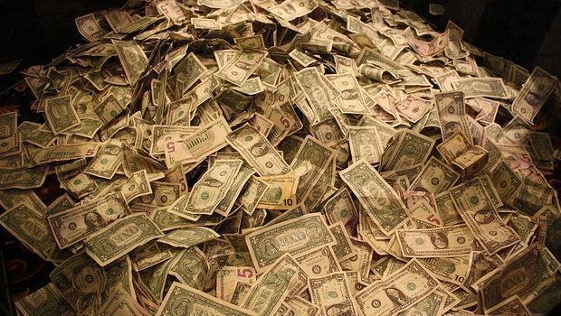 半年薪水多5千!英文夠好,餐飲服務業也能領高薪