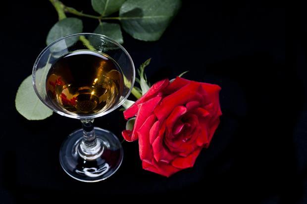 想要愛情的自由?試試「千頌伊」最愛的紅酒