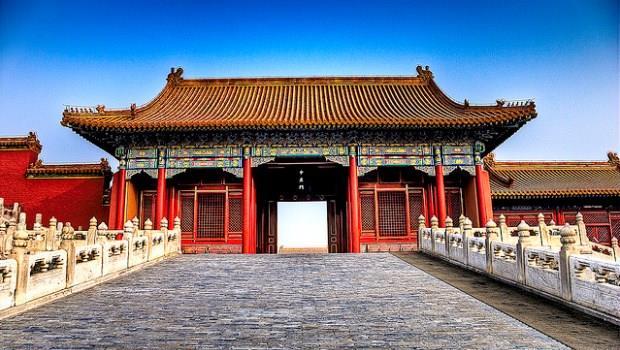 數據是鐵證!中國13億人口,根本沒多少「服務業」商機