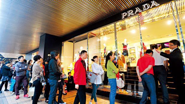 陸客不來的台灣,有了寧靜,卻沒有了鈔票,哪個比較重要?