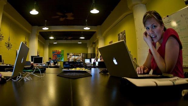 西班牙人對抗不景氣妙方:和有創意的人一起「分租辦公室」