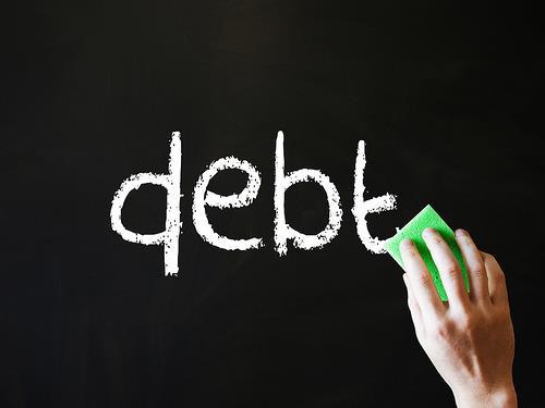 一份99分的呼籲  別讓我們的子孫、受薪階級扛下5.8兆的債務