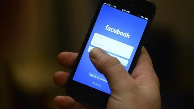 超愛po文?一個研究告訴你,少發臉書其實是件好事