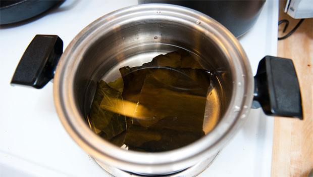 別只是煮湯!3步驟自製昆布水,驚人的保健排毒功效