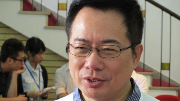 連營總幹事蔡正元,角色究竟是「經紀人」還是「藝人」?