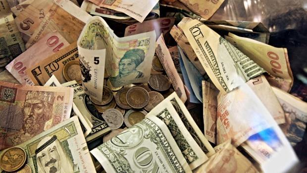 有能力改變台灣的不是「中國」,是「Money」