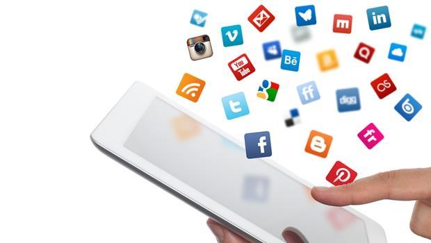 凡人愛上FB,財星500大的執行長最喜歡用的社群網站則是...