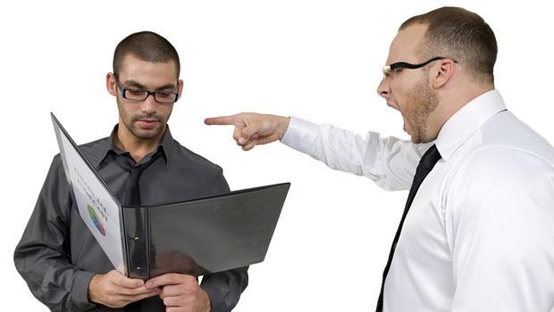 跟老闆報告進度時,為什麼「一直被罵」,好過「只被罵一次」?