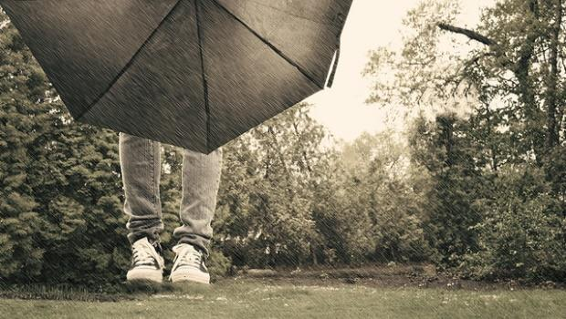 未來傘!「一根」就可以用加速氣流幫你擋雨