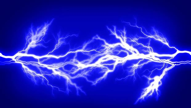 日本無奇不有》有了這個貼片,人體就是發電機!