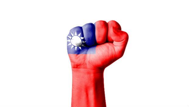 一天到晚喊「台灣是鬼島,大家趕緊逃」那些魯蛇,十有八九都沒有出過國