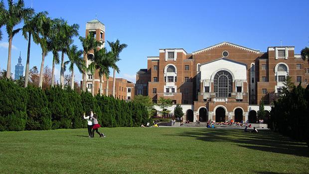 台灣的大學真的學風自由?先把必修課變少再說吧!
