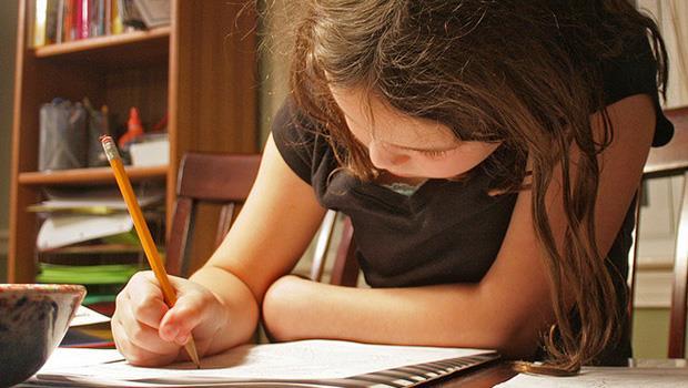 上百支教學影片的背後...》一個偏鄉小孩留言:「我開始愛上數學了!」