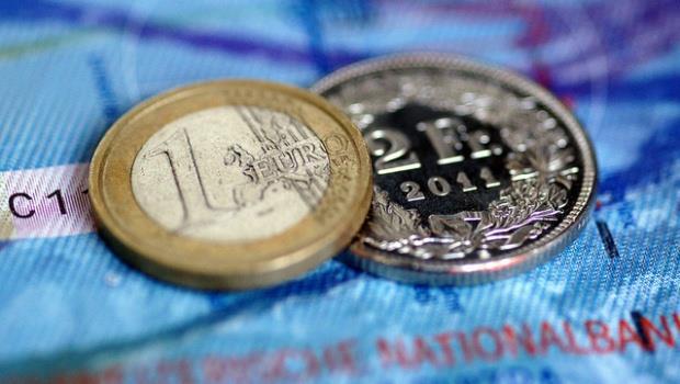 巴菲特寫給股東的第50封信》很重要,說三遍:買歐洲、買歐洲、買歐洲