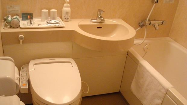 回家只想躺著的懶人必看》洗澡後關鍵一分鐘,清掃浴室不費力!