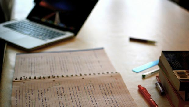 「有上學」不等於有學習》自己挑老師、找資源,就不會變成「無一技之長」的大學生!