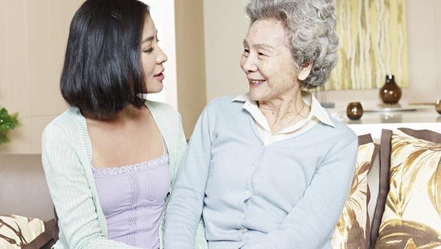 別期待婆婆會變成自己的媽媽!奉勸天下媳婦,能做到「嘴甜」和「尊重」就不簡單了