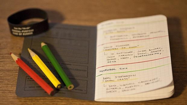 有了這本筆記本,手機一拍紙本筆記也能自動分類上傳!