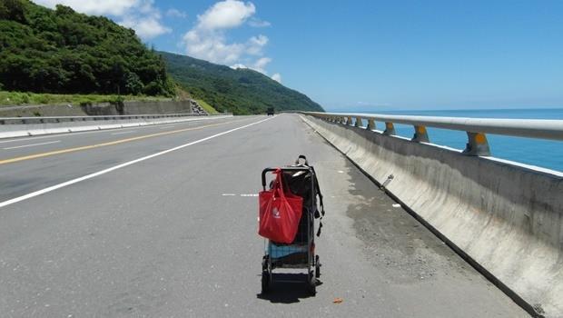 推著菜籃徒步環島100天》在台灣,我真的好幸福!