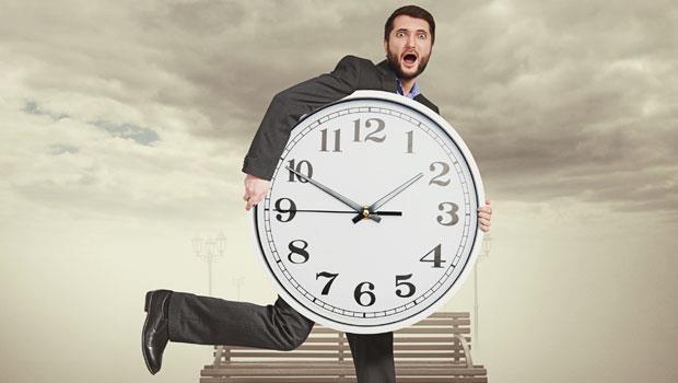 「主管沒走,就不敢下班?」40歲的男人連下班時間都無法掌控,人生有何意義?