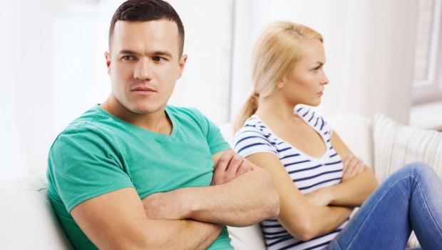 「如果愛我,難道連這個都做不到?」心理醫師:不要強迫戀人扮演父母的角色