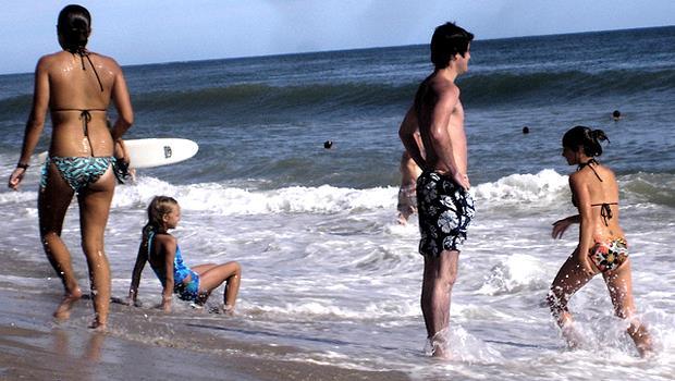 為什麼每次新聞事件,在海邊溺水的總是「一群人」而不是「一個人」?