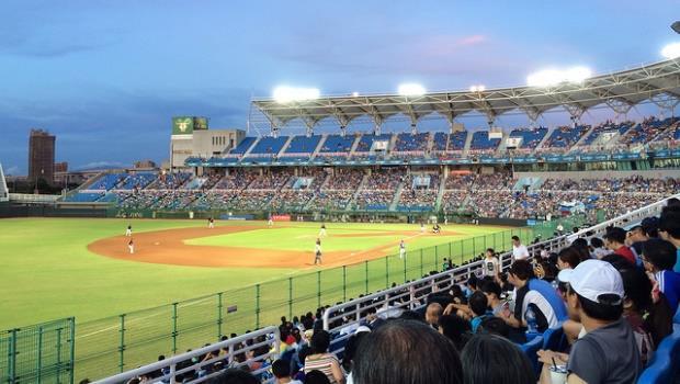 一個打過大聯盟的老將居然要被第三次「新人選秀」,這就是荒謬的台灣職棒