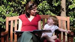 「反正她又聽不懂?」5個原因告訴你,為什麼親子共讀越早越好
