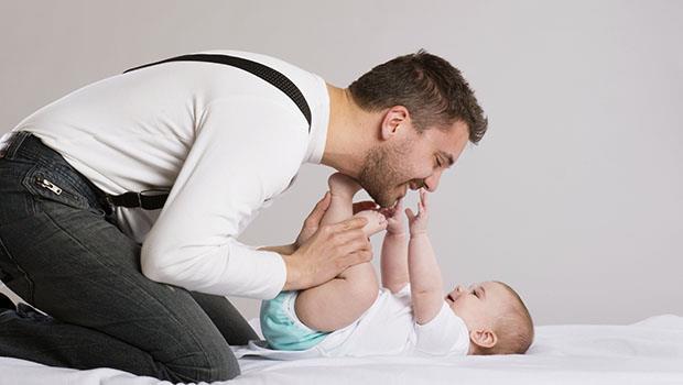 以色列老公不肯幫忙換尿布,還抱怨「為什麼讓自己走到這個地步」,直到我得了妊娠劇吐症...