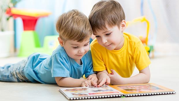 猶太人除了在書上塗蜂蜜之外,還做了「這個」,讓25萬名幼稚園學生愛上閱讀!