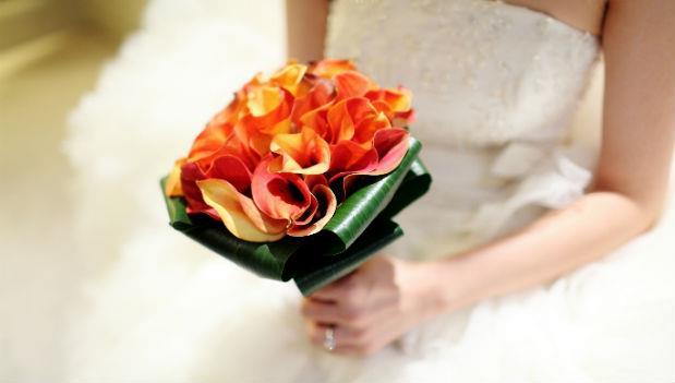 新娘對拿到捧花的妹妹說「我不期待妳結婚」...一場平凡的婚禮,我聽到最美麗的祝福