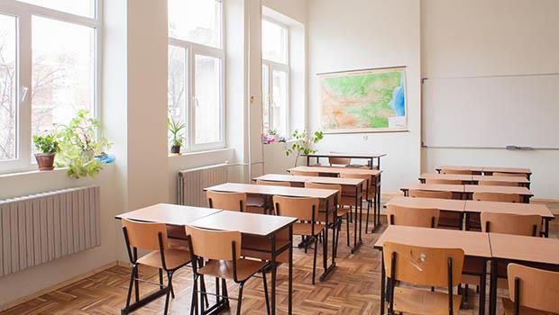 教室的東西不見了...一個原本要鬧大的偷竊事件,因為老師這樣做而圓滿解決
