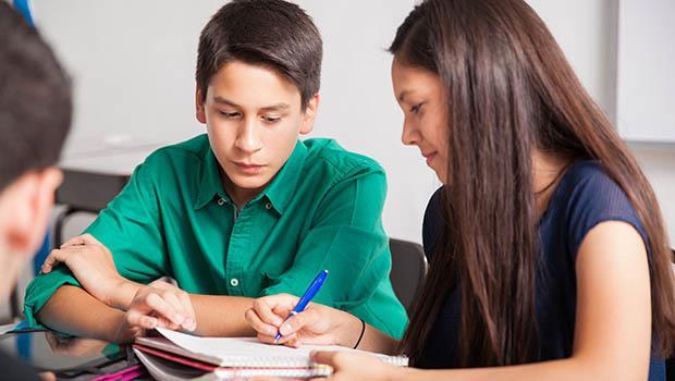 小孩不會讀書,都是媽媽的錯?別再把小孩的成績當媽媽的考績了
