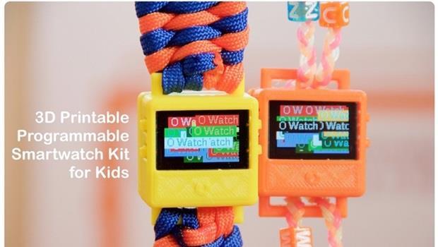 不用買Apple watch!8歲小男童自己組出最新3D列印「智慧手錶」