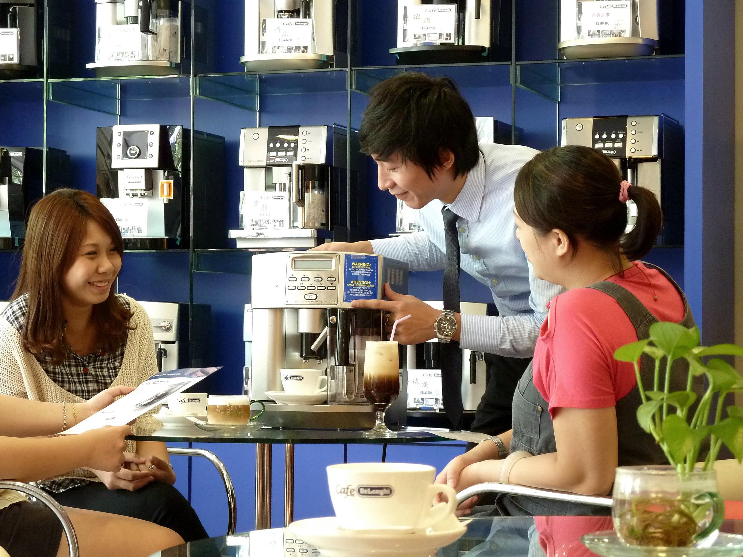 煒太以「人的溫度」 創造台灣全自動咖啡機市場制度與規模