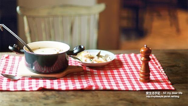 燉煮料理小撇步》煮雞湯、魚湯會有的疑問:哪些食材要冷水下鍋、哪些要滾水?