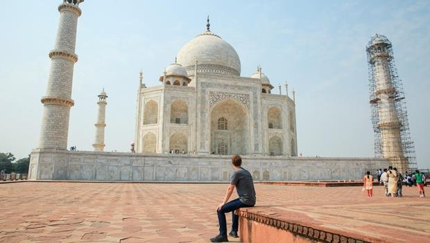 打進印度市場的絕招!佐伯格規定臉書員工每週二只能「2G」上網,體驗印度的龜速