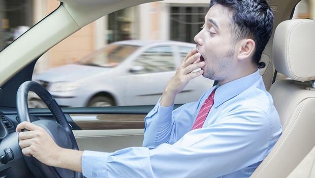 別再喝蠻牛了!它不只能提醒司機休息,連哪條路最容易想睡也能告訴你