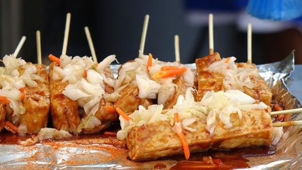 職場NG行為》愛講八卦、吃異味食物,來看看這9種你有沒有被說中