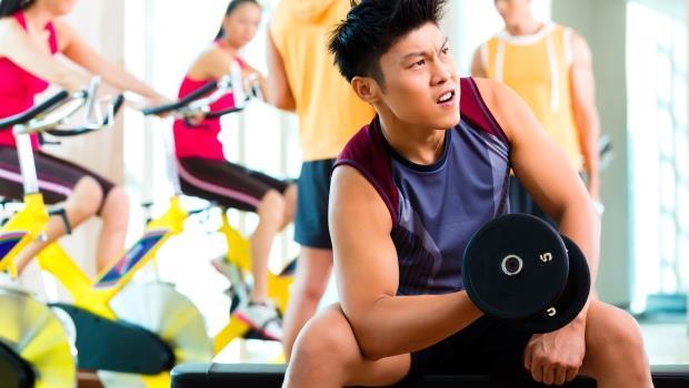 自己練就好,不用請健身教練吧?運動達人告訴你,為什麼重訓這筆錢省不得
