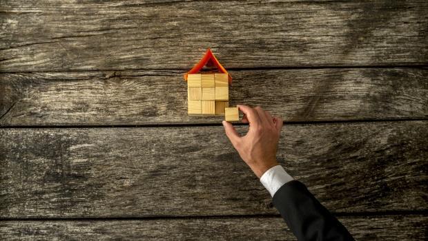 上網路自己買賣房子,省下4%仲介費!網路自售平台,房市差的時候更可以試試看