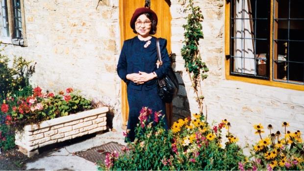 53歲開始學英文、65歲第一次一個人出國旅行...91歲的她說:不管幾歲,人生總是來得及