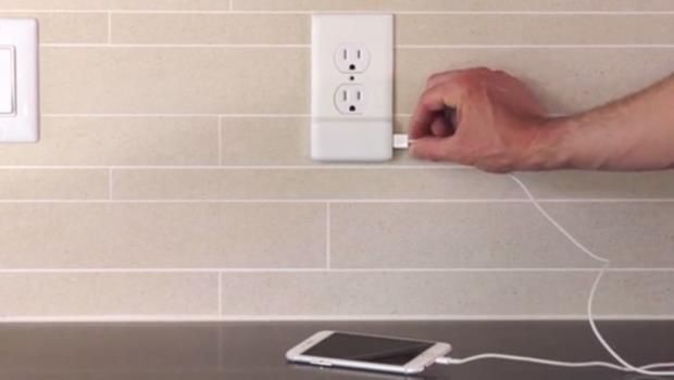 有這個面板,就能在插座加上USB充電孔,到處都是你的充電器