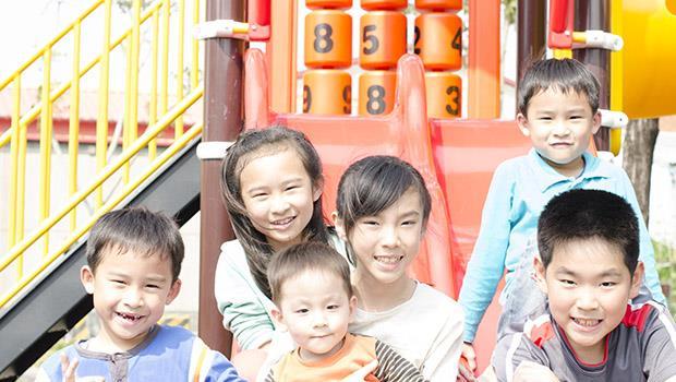 怎麼玩、玩什麼,爸媽都喜歡幫小孩決定...荷蘭爸爸:當台灣的父母,好累!