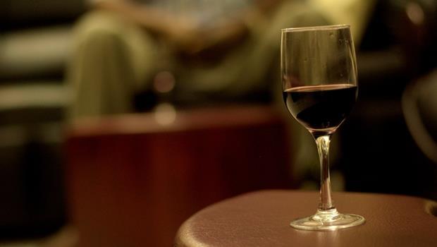 5個職場飲酒禮儀》老是應酬業績卻沒起色...可能因為你「不會」喝酒