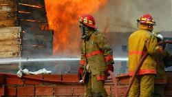 遇到火災時》專業防災人士:不能往下逃的時候,也不能往上跑!