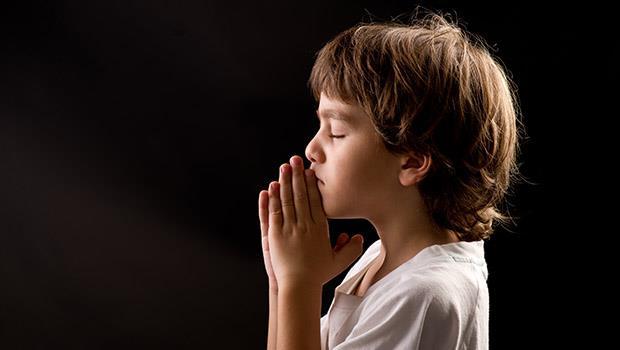 懂得「感恩」不是只會說謝謝!2個黃金法則教出真正懂感恩的孩子