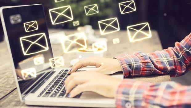 內文一行不要超過●●字!e-mail想看起來專業又清楚,注意這3個重要法則