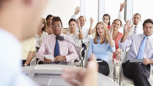 解決問題前要先「問對問題」,職場上這3種NG問法別常用